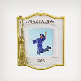 Capture the memory of their graduation forever with a Hallmark ornament.