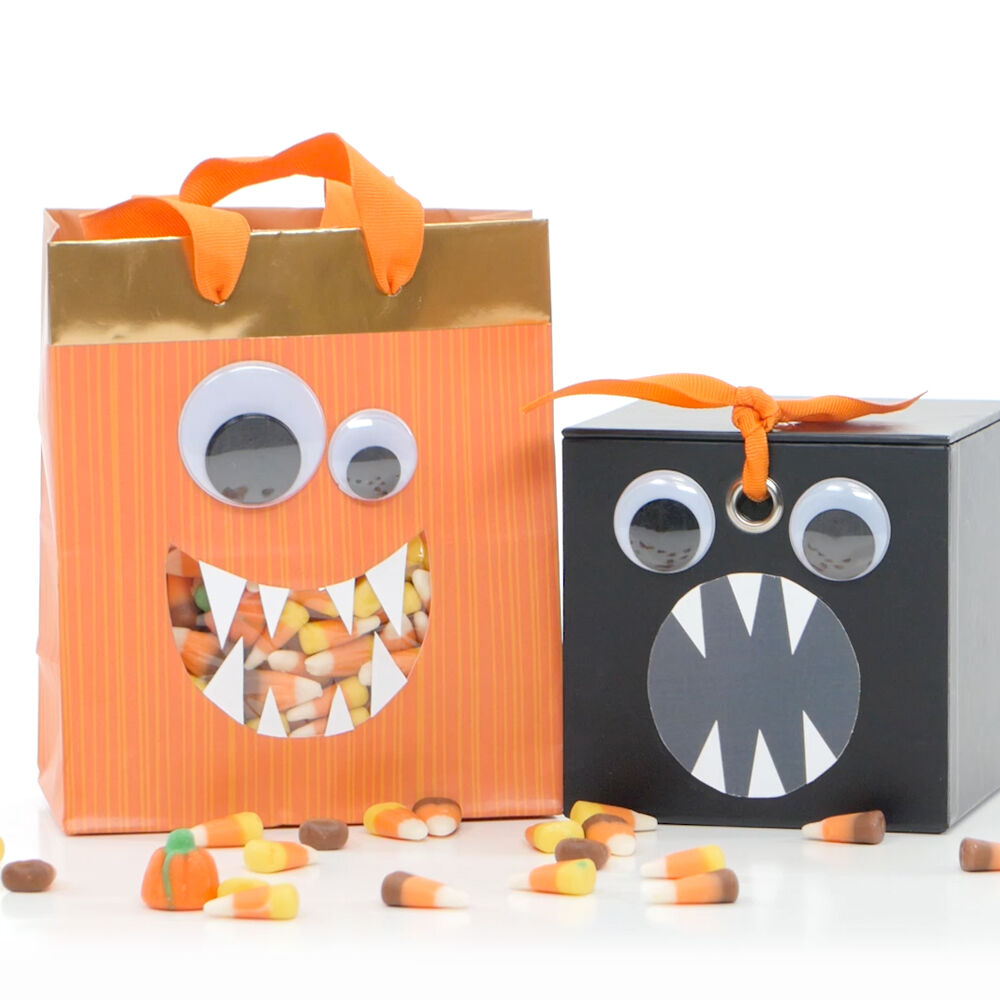 Video step-by-step for making a Halloween monster candy bag