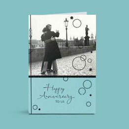 picture of a greeting card of two people hugging