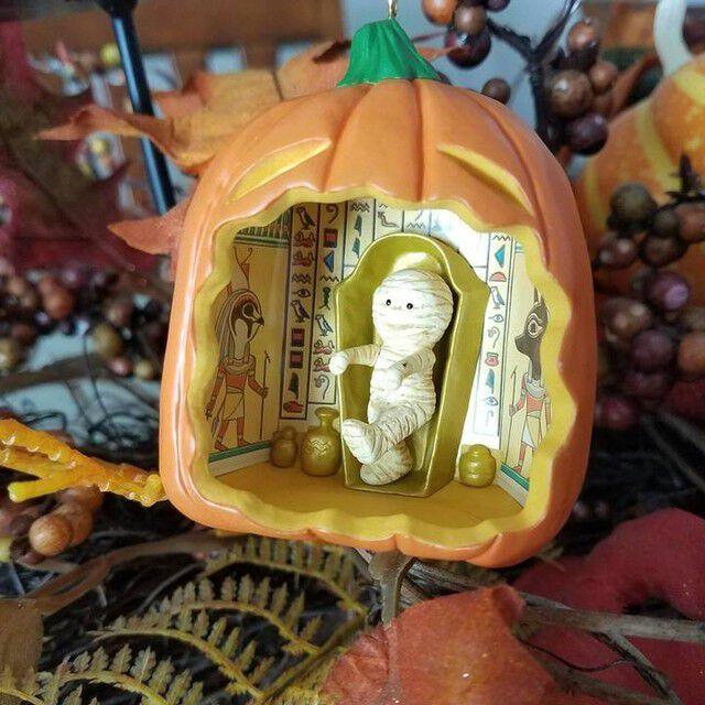 Halloween miniature tree with lights and miniature Halloween ornaments