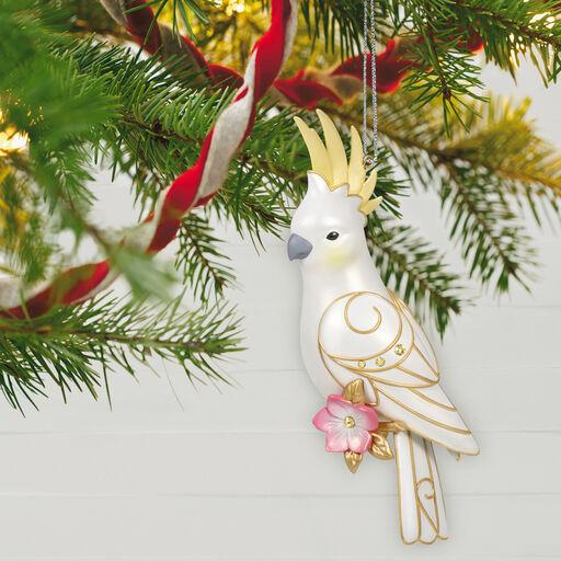 Hallmark Glistening Gift Snowflake Ornament 2019 Member Exclusive NEW NR