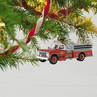 Fire Brigade 1979 Ford F-700 Fire Engine Ornament With Light,