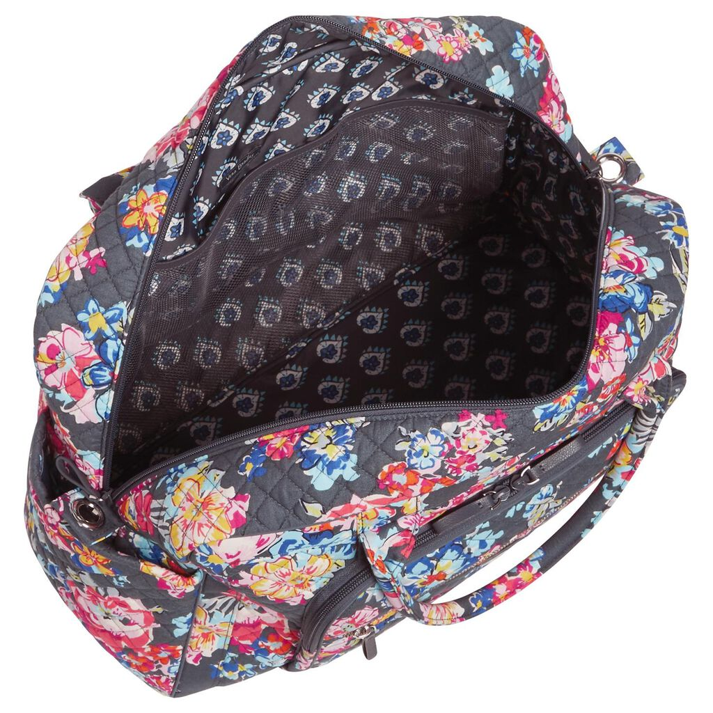 2a3b7d0708 Vera Bradley Iconic Weekender Travel Bag in Pretty Posies - Travel ...