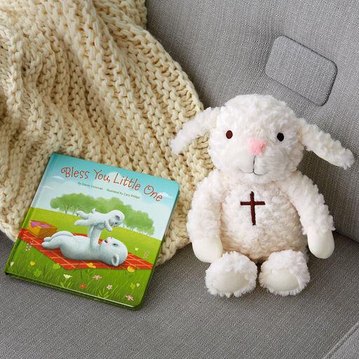 3a33bfdf3 Teddy Bears, Plush, and Stuffed Animals for Baby | Hallmark