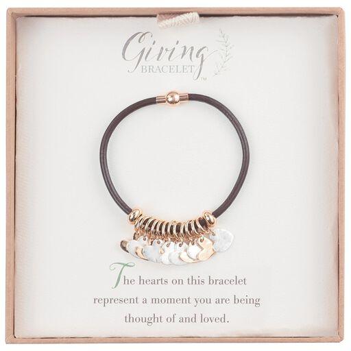 b5c86d09c ... Heart Charms Giving Bracelet,