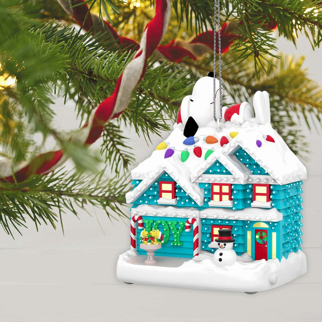 ... The Peanuts® Gang The Merriest House in Town Musical Ornament With Light ...