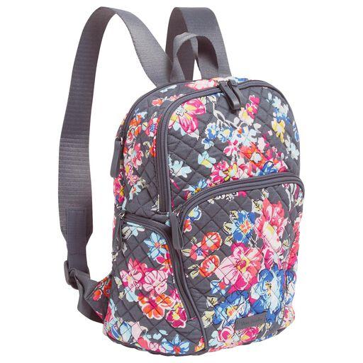 ... Vera Bradley Hadley Backpack in Pretty Posies 8341e067c70de