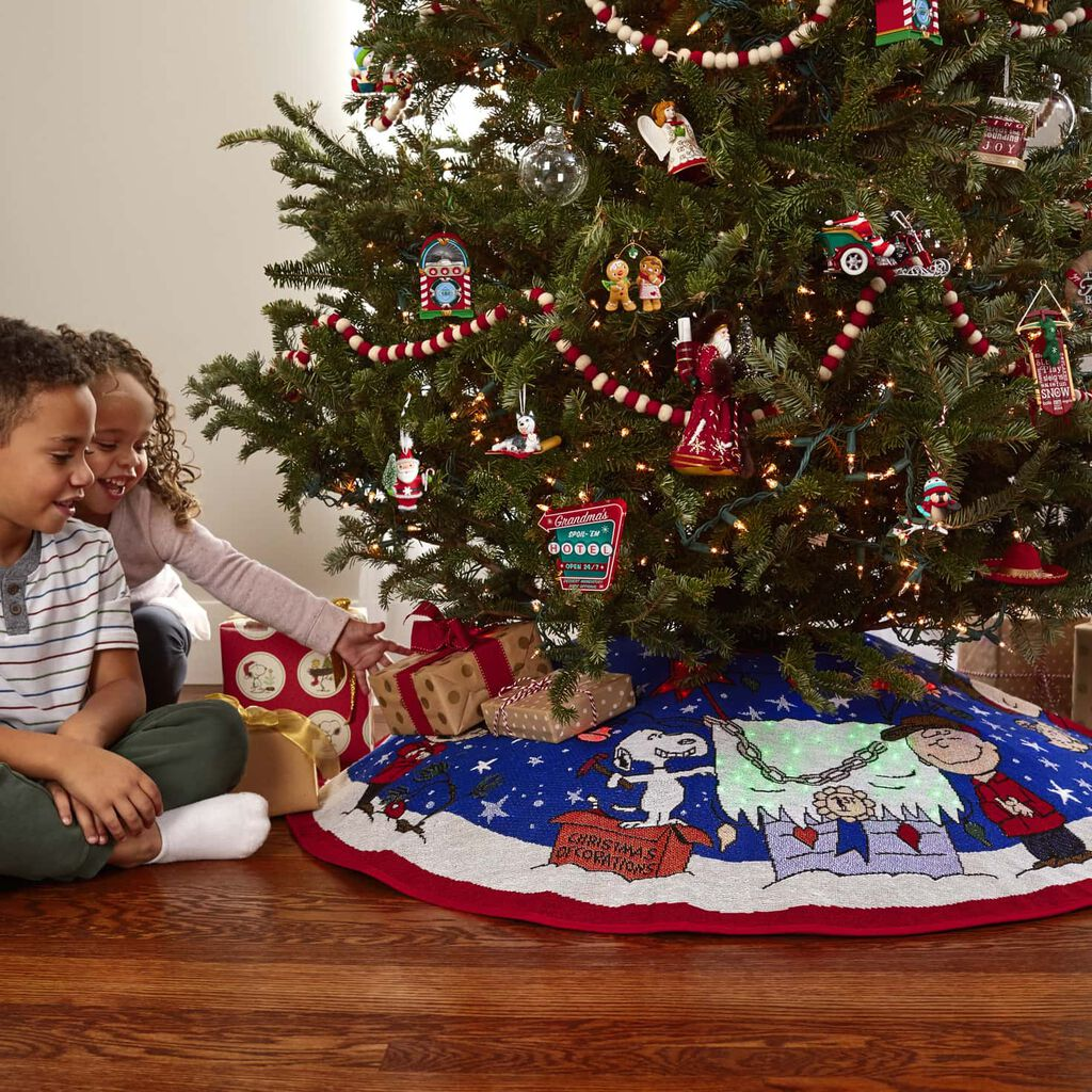 ... Peanuts® A Charlie Brown Christmas Tree Skirt With Light ...