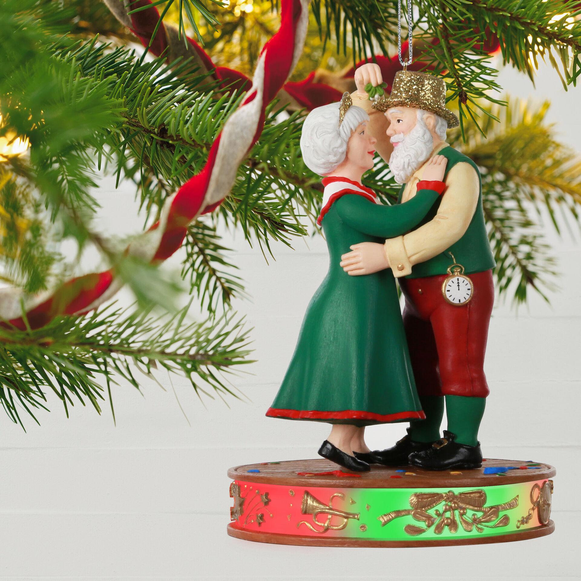 2020 Hallmark A JOB WELL DONE Once Upon A Christmas Santa Ornament NIB FREE SHIP