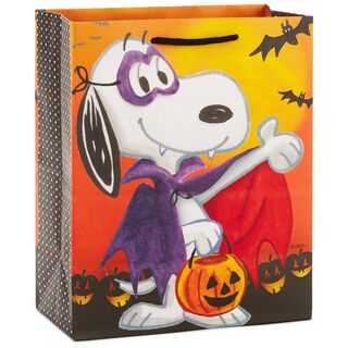 "Peanuts® Vampire Snoopy Medium Halloween Gift Bag, 9.5"","