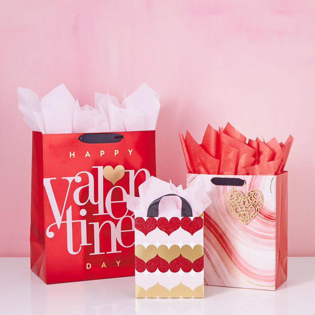 Red Happy Valentine S Day Small Gift Bag 6 5 Gift Bags Hallmark