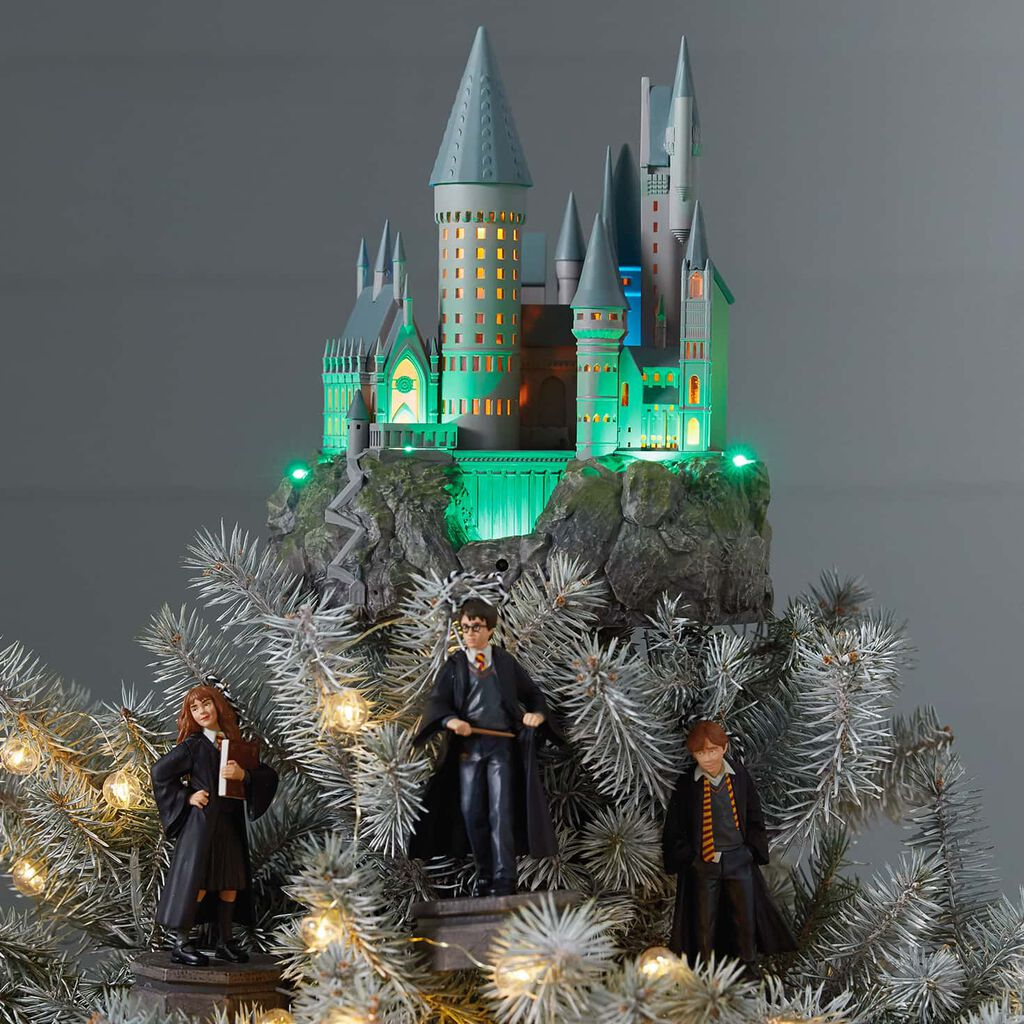 Harry Potter Collection Hogwarts Castle Musical Tree Topper With Light