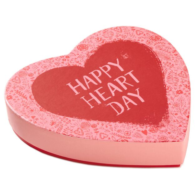 Happy Heart Day Milk Chocolate Candy in Heart-Shaped Box, 5 oz ...