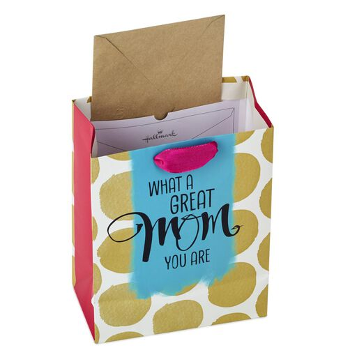 Great Mom Medium Gift Bag With Tissue 96