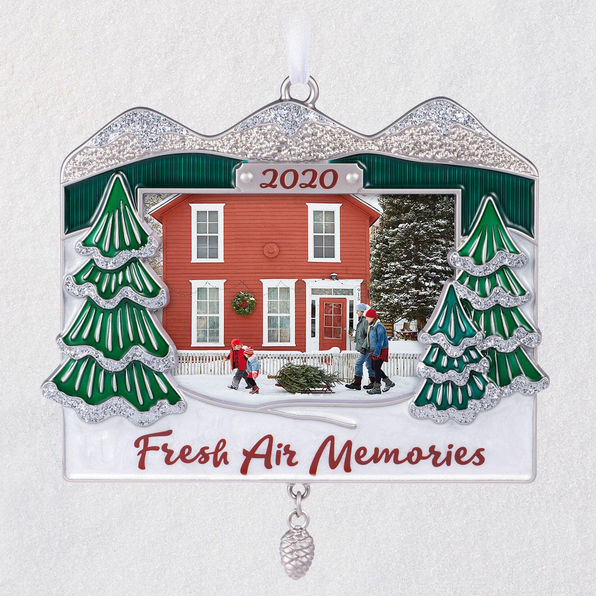 2020 Picture Frame Christmas Ornament Mountainous Memories 2020 Metal Photo Frame Ornament   Keepsake