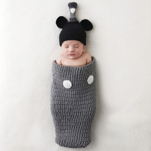 80dc802ca91 ... Mickey Mouse Newborn Knit Baby Wrap and Hat Set