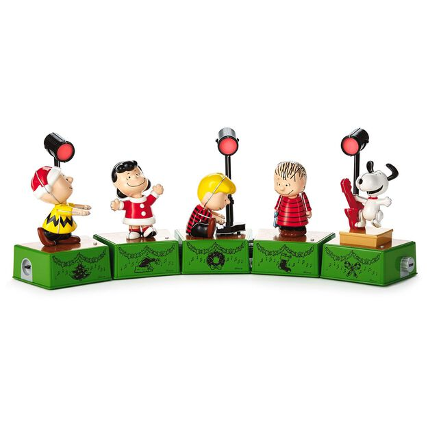 Peanuts Charlie Brown Christmas Dance Party Figurine With Music