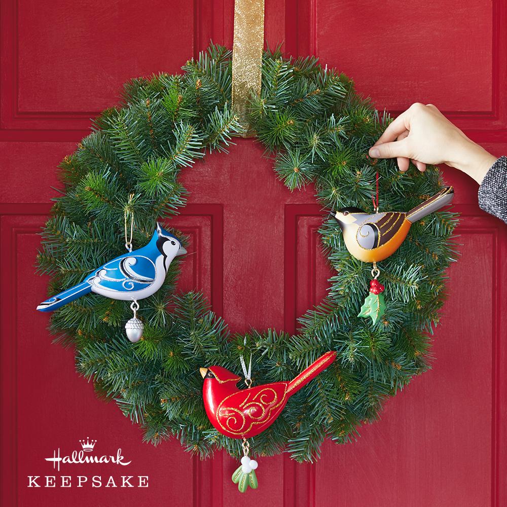 "Keepsake Ornament Christmas Wreath, 24"""