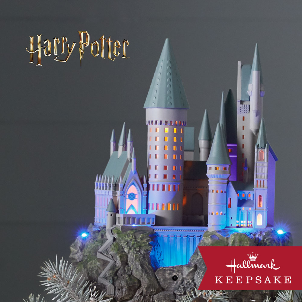 Hogwarts Castle Tree Topper Harry Potter™ Collection