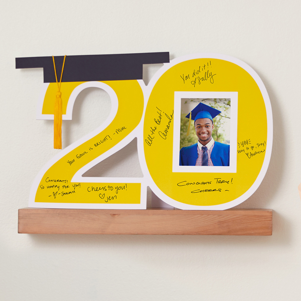 2020 Graduation Autograph Poster and Frame