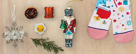 Find the perfect gift for everyone on your list with the Hallmark Holiday Gift Guide.