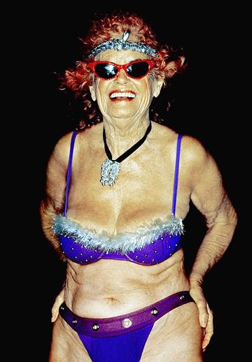 Old lady bikini pics