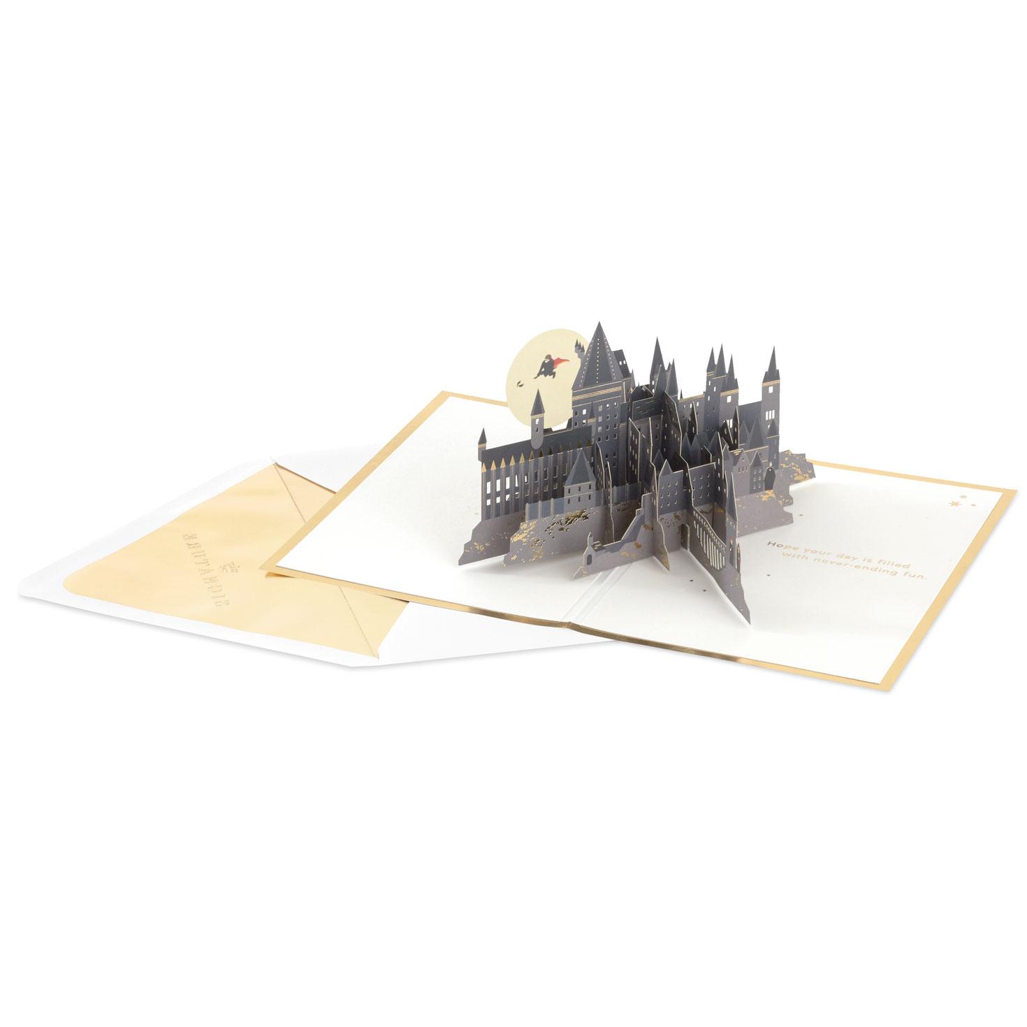 Harry Potter™ Hogwarts™ Castle 3D Pop-Up Birthday Card